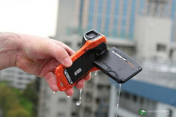 sanyo_waterproof_10.jpg